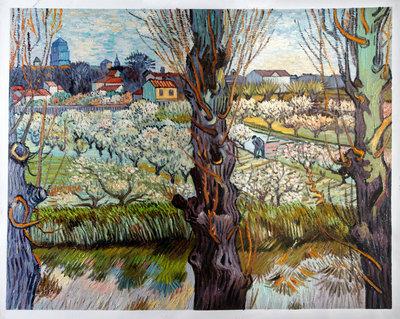 Bloeiende Boomgaard met Zicht op Arles Van Gogh reproductie, 1889